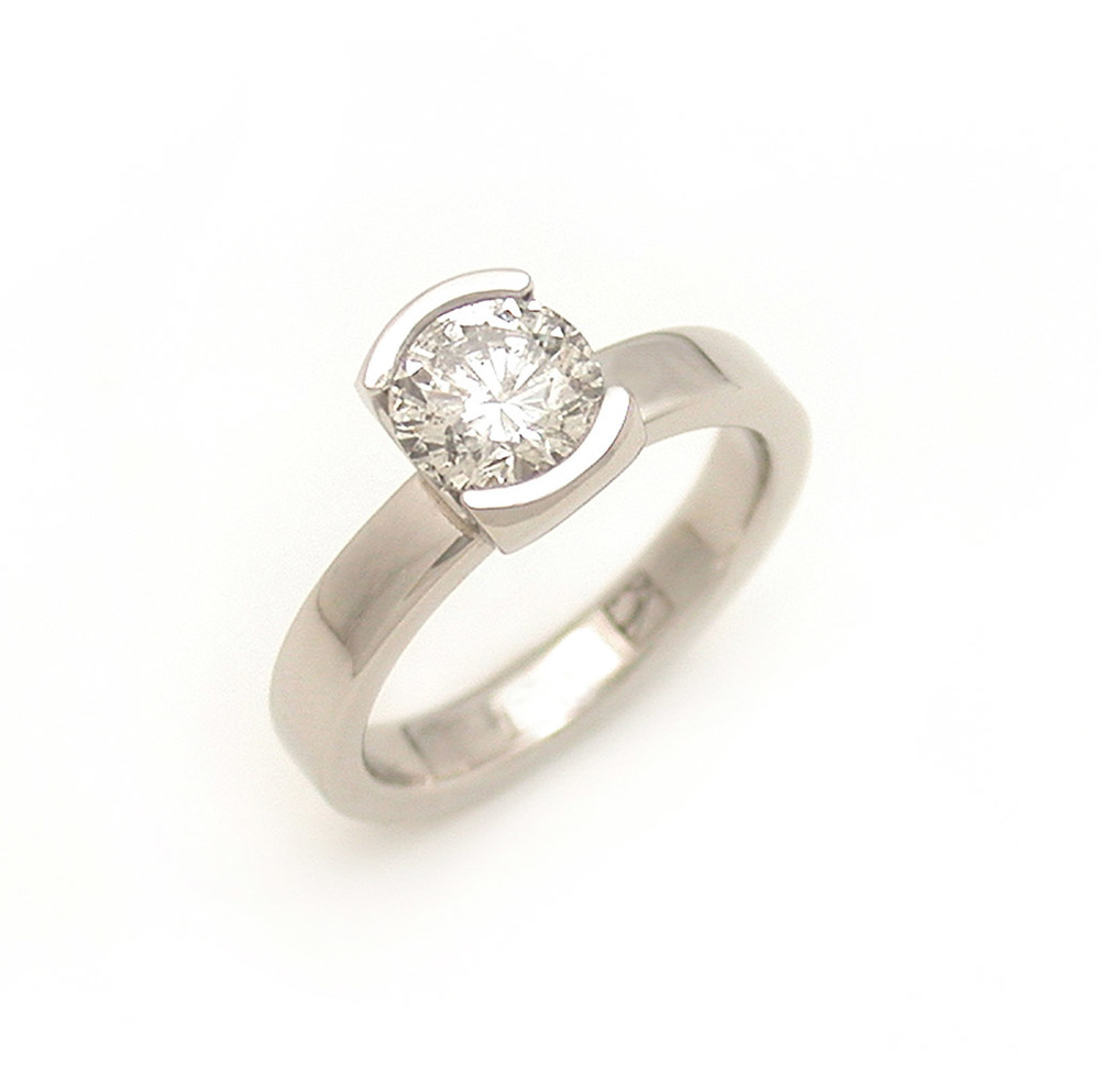 Partial Bezel Solitaire