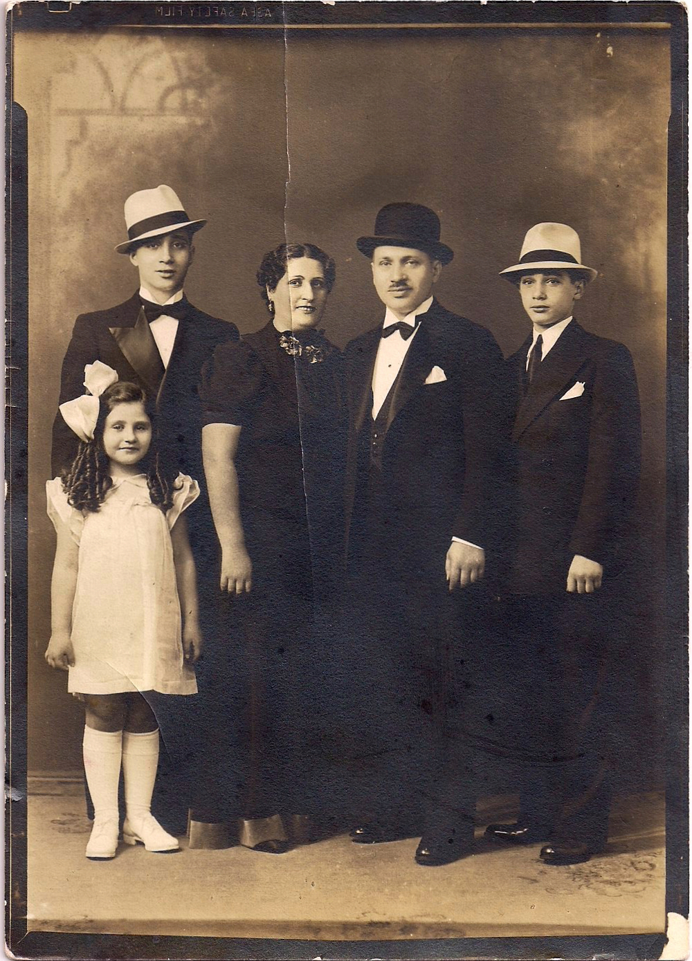 "Cohen Family From Left:  Evelyn, Herbie, Sarah, Morris(founder), Ivan or ""Itchie"" circa 1938"