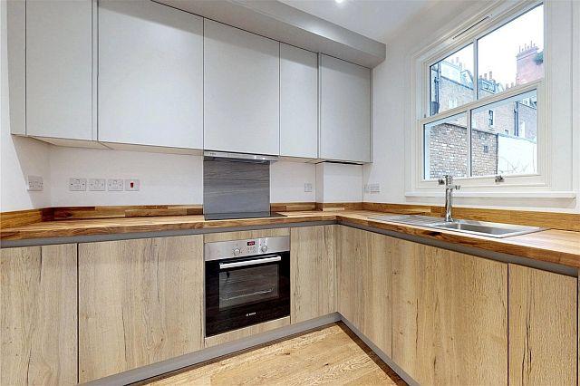 32-KnoxSt-Kitchen (1).jpg