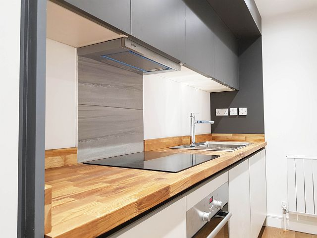 32A-KnoxSt-Kitchen (3).jpg