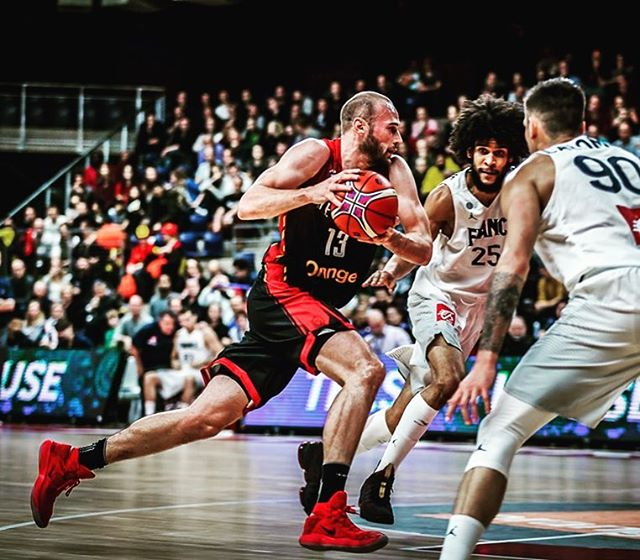 Second friendly game today at 18h Belgium time let's go 🦁  Live 🔛 http://www.delfi.ee  #nationalteam #belgianlions #basketbelgium #estoniavsbelgium