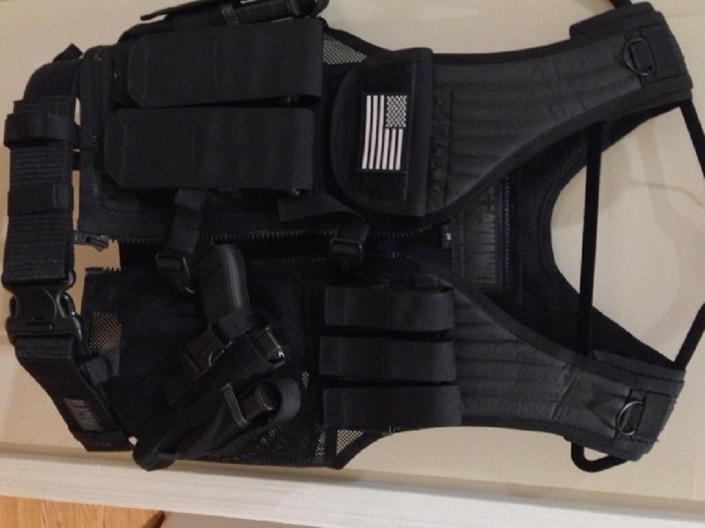 Blackhawk vest 1