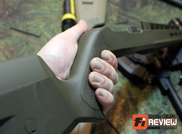 The grip angle of the X-22 is well designed and feels right pronated or on the bench.