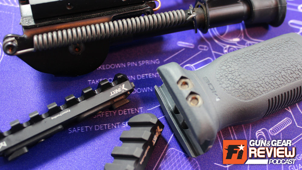 M-LOK did away with full picatinny quad-rail handguards. Now the Kinect QD rail does away with the allen wrench.