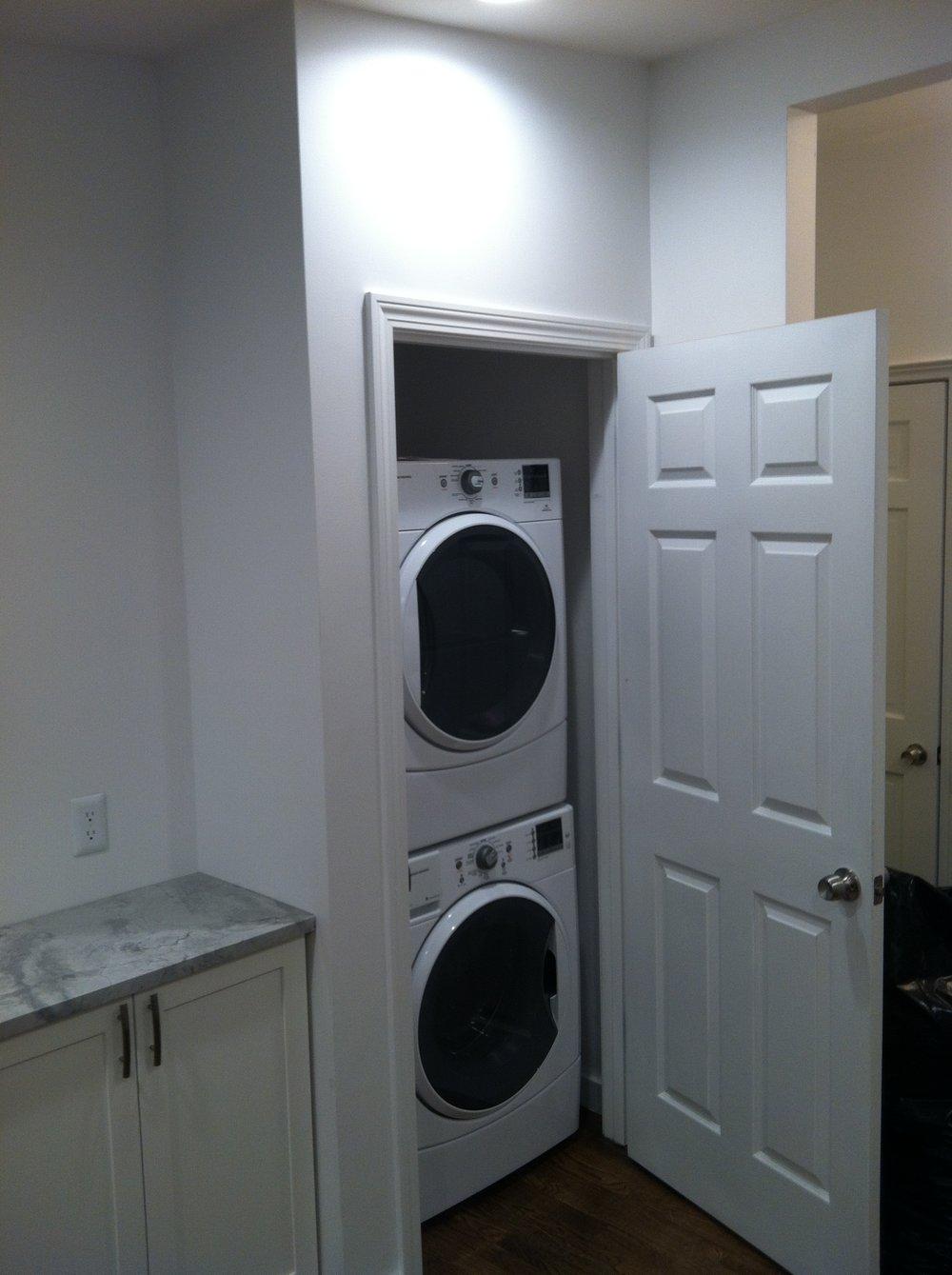 431 e 3rd In Unit Laundry.JPG