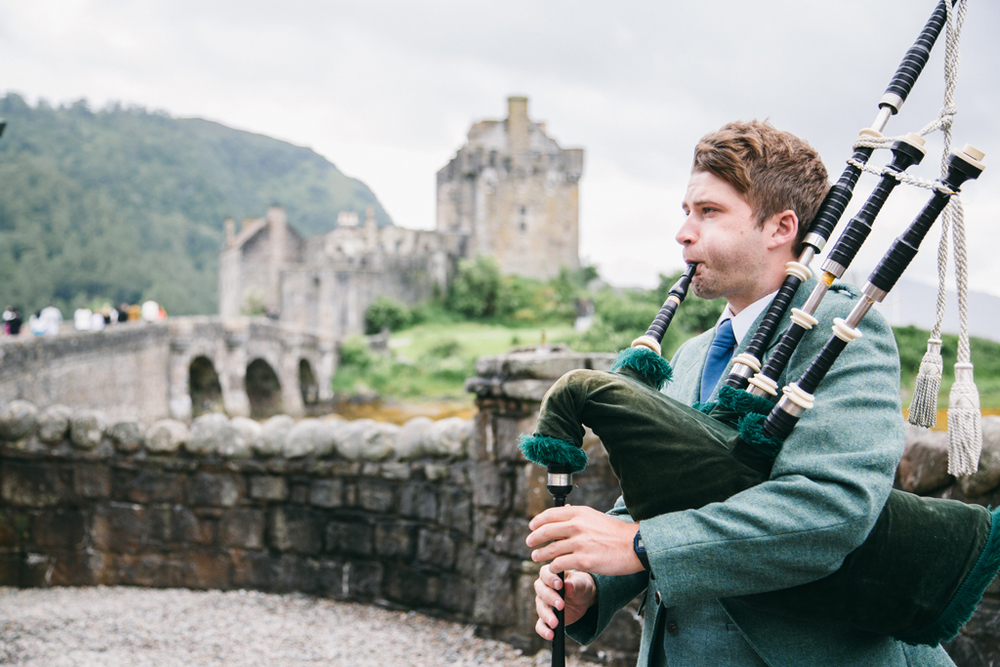 alternative natural & relaxed wedding photography around scotland and worldwide