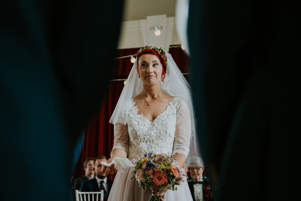 glasgow alternative wedding photographer, killearn village hall wedding, sue-slique photography