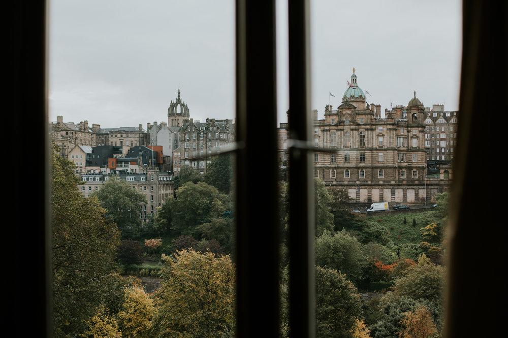 The best photographer in Edinburgh, Wedding photographer in Edinburgh, Vow renewal in Edinburgh, Arthur seats photographer