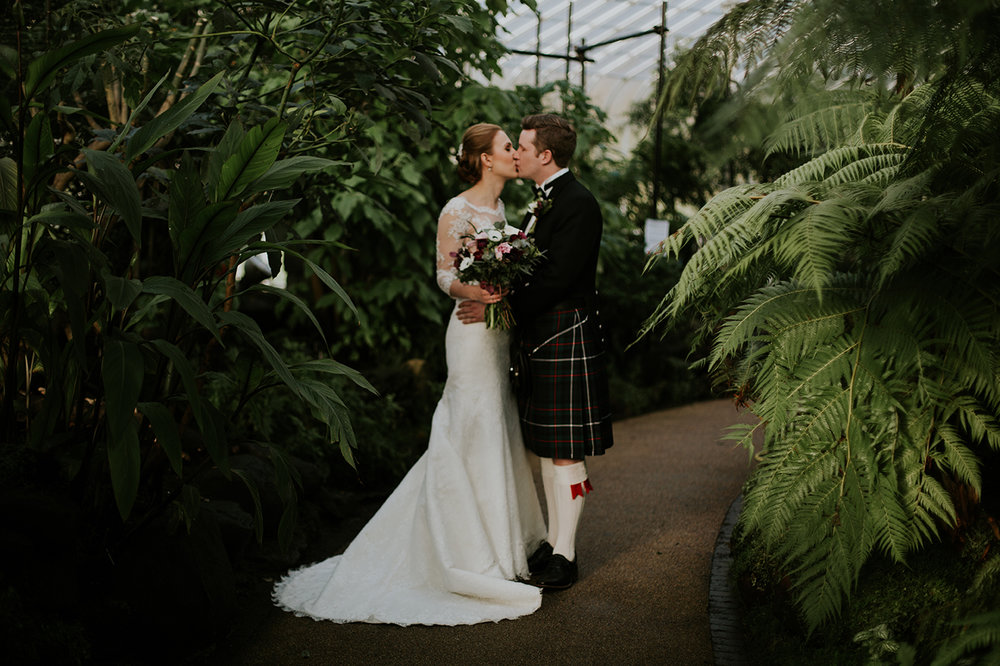 Botanic Garden Glasgow Wedding Photographer