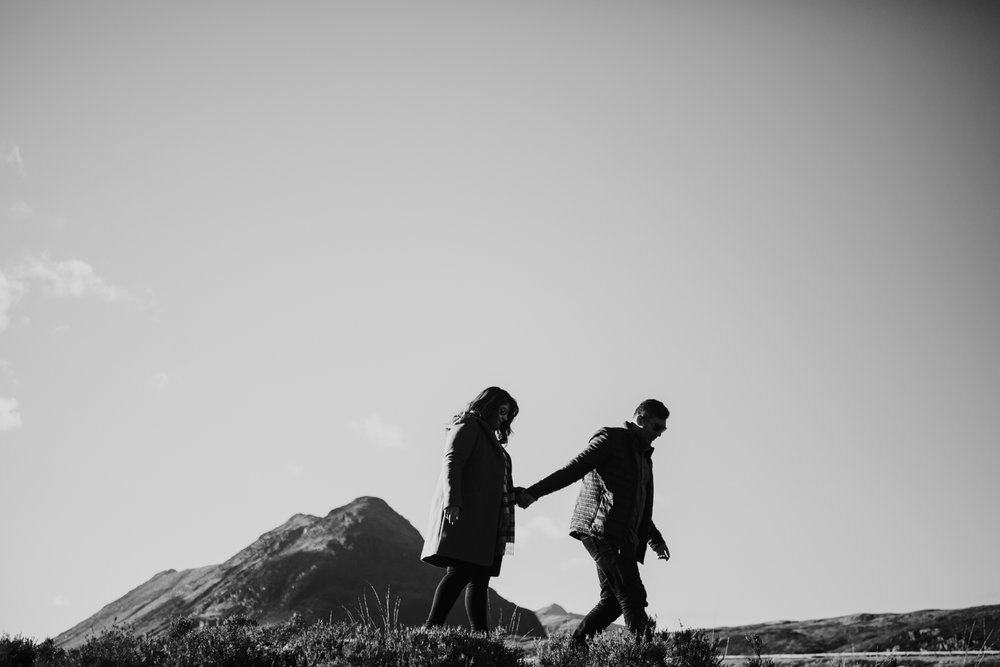 Couple shoot in a sunny Glencoe