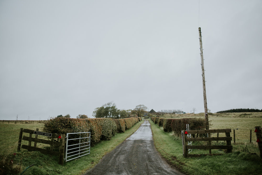 The entrence to the Harelaw farm, Ayrshire wedding photographer