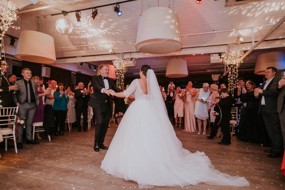 Alternative and artistic wedding photography in Scotland, Glasgow