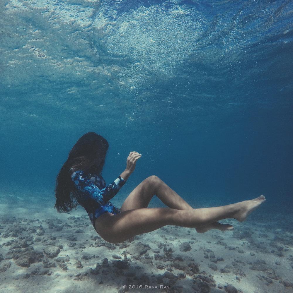 Photographer: Vincent Hawaii  ©2016 Rava Ray
