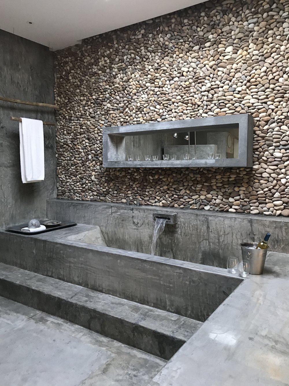 Bath at Areias do Seixo