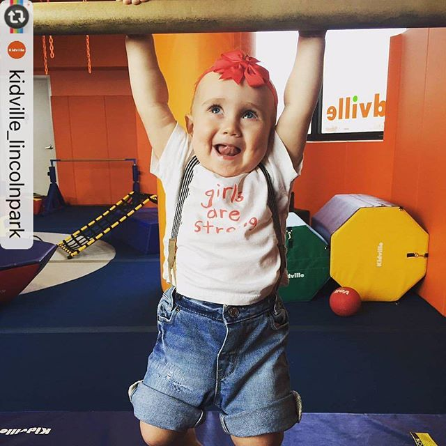 I love this photo so much! Thanks for reinforcing that #girlsarestrong @kidville_lincolnpark!  @kidville_lincolnpark with @instarepost_app -- We believe in our little ones and are here to help them believe in themselves! #girlsarestrong #hangingout #playproffessional #kidville #gymclass