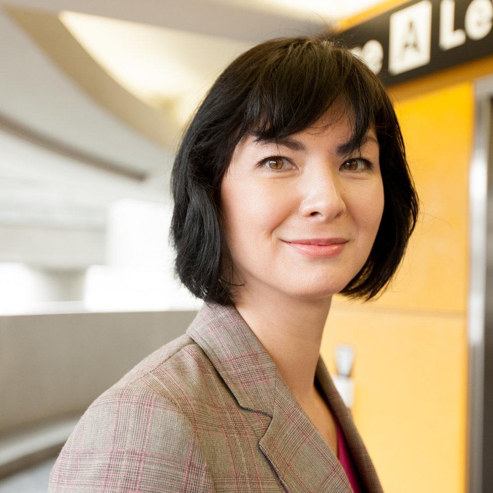 Executive Portrait by Maggie Hallahan-37.jpg