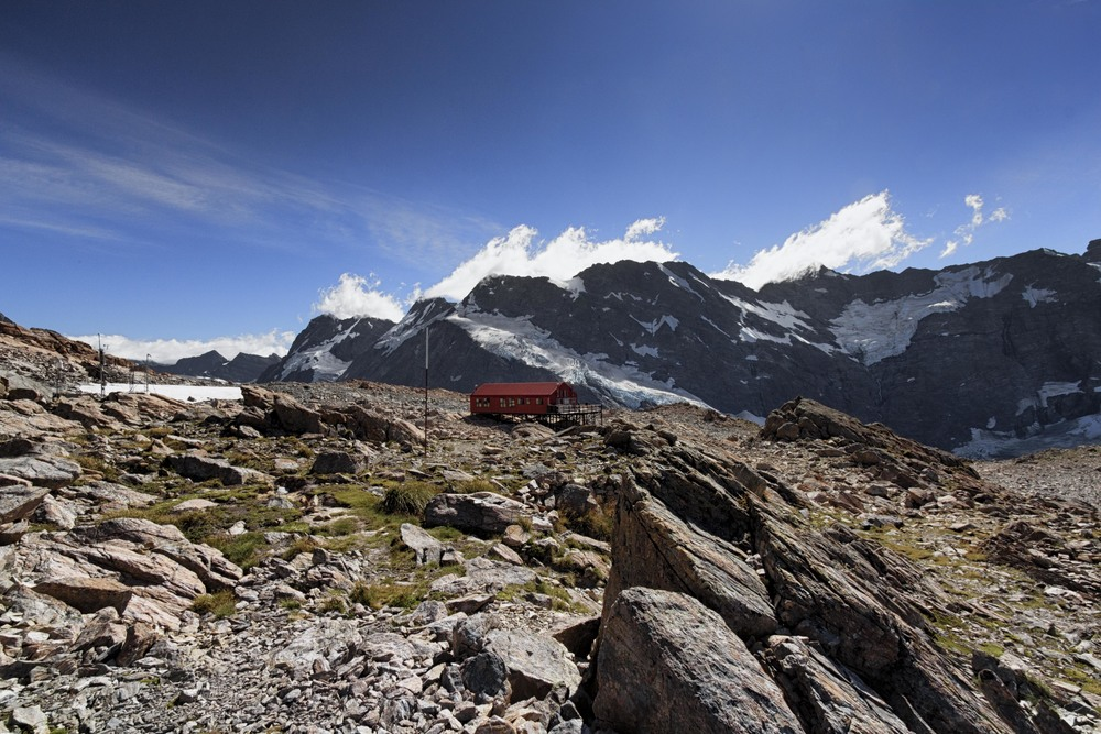 Mueller Hut in all her red glory.