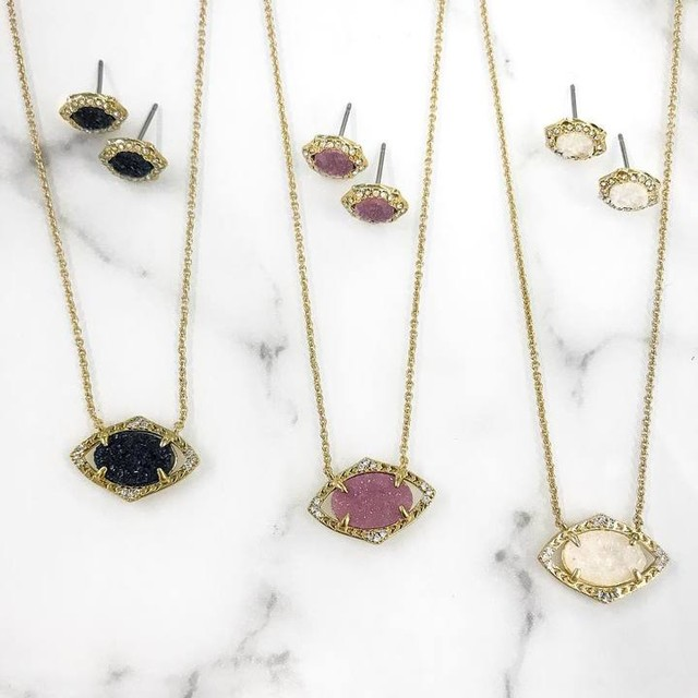 charlotte pendant set   // comes in 3 color ways, also makes a great gift and comes beautifully boxed!