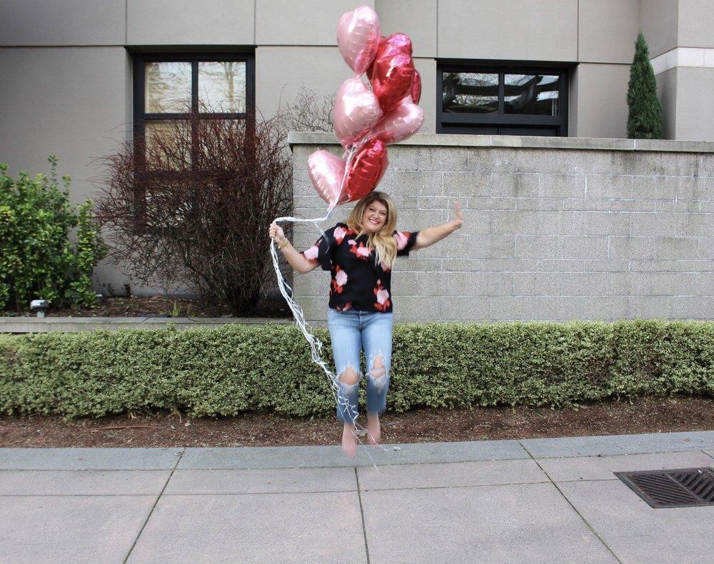 10 balloons for 10k! C H E E R S !