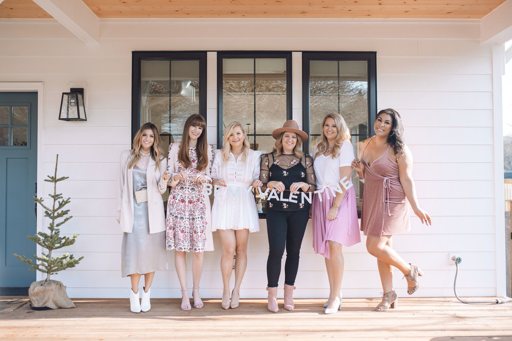 pictured from left to right: COURTNEY from  the grey edit  //  shay from  Shaylyn rae  // kahla from  sea of sanctuary  // me (duh) // Rechelle from  sea of sanctuary  // carlene from  queen carlene