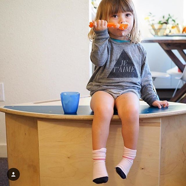 The teal is officially sold out! We've got one indigo left at $50 off. Don't spend too much time sitting around on this deal!  If you're interested, let us know and we'll send a DM code. 📷 @littlehiccups 💕