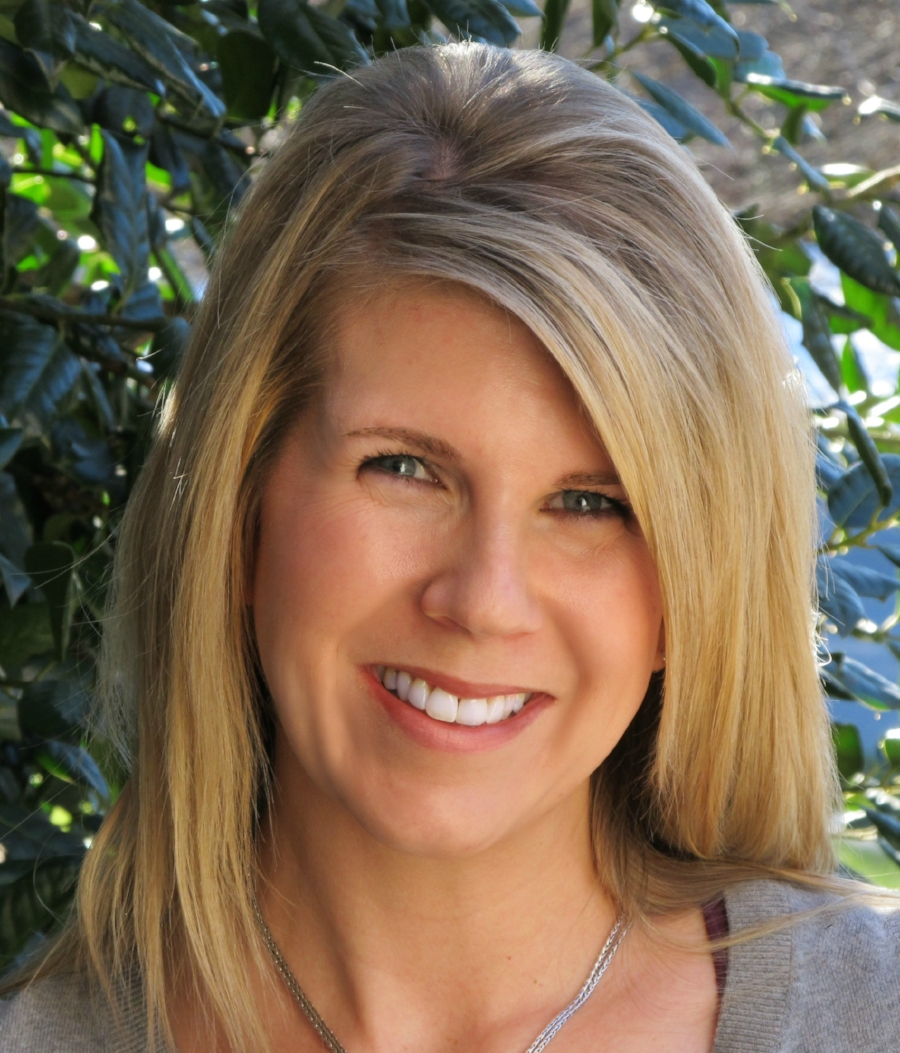 Deb Mitchell, Copywriter, Content Marketer, & Brand Messaging Strategist