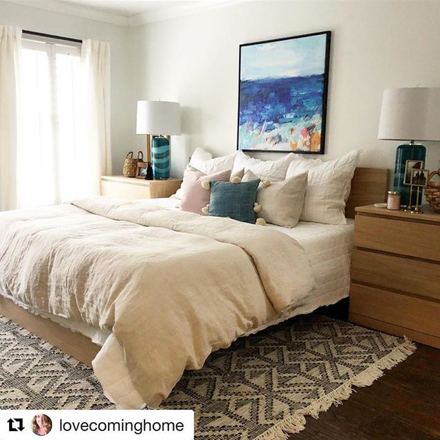 Having sensitive, supportive, kind friends is the best. When they're also creative, brilliant, and hilarious they're Christina of @lovecominghome and Pam of @barefootstudios. Love you both! Huge congrats to Pam - check out her delightful artwork @jossandmain !!! 😘#repost #creatives #art #interiordesign #writing