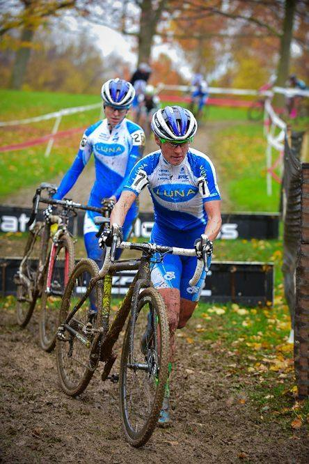 Katerina leading Maghalie Rochette @ Cincy CX. Katerina and all the other Luna Pros have been such good examples and great role models for Magh since day 1 of her Luna Pro Team adventures. We are grateful to now call them friends :)
