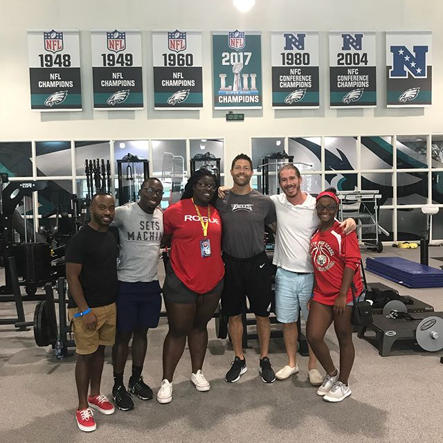 What an amazing experience today taking our athletes to the Super Bowl Champions Philadelphia Eagles practice today. Huge thanks to my brother Josh Hingst, Head Strength Coach, for getting us access to such a cool experience.  #trainlikeanolympian #floridaweightlifting #usaweightlifting #weightlifting #youthweightlifting #juniorweightlifting #mastersweightlifting #wod #crossfit #rouge  #hookgrip #nikeweightlifting #nike #reebok #cleanandjerk #snatch #squat #frontsquat  #halterofilia #levantamientodepesas #youthathlete #chineseweightlifting #ao2 #2018ao2 #americanopenseries