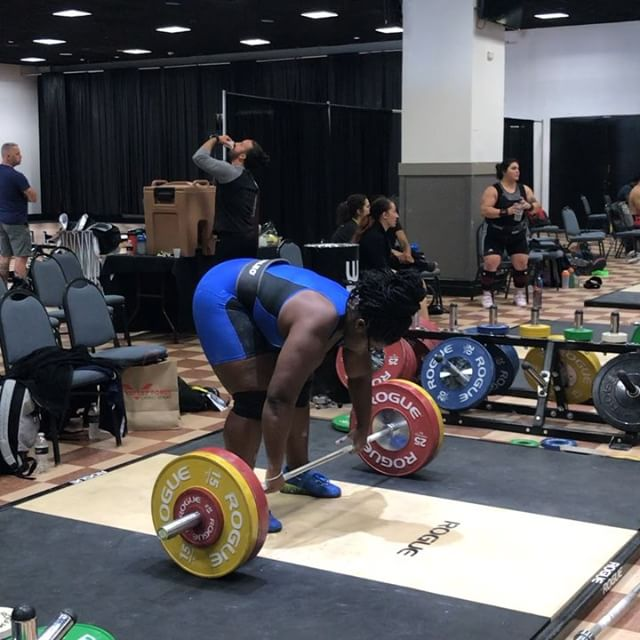A lot of questions this week of what we do in the back leading up to our lifts on the platform. @the_shala_mcmillan takes an attempt every three attempts in the clean and jerk leading up to her opening lift. Shown are her last three lifts prior to opening at 118 kilos last weekend. 100, 106, and 112 shown.  As you can see we like to have the same size jumps between attempts to keep things feeling as normal as possible.  #trainlikeanolympian #floridaweightlifting #usaweightlifting #weightlifting #youthweightlifting #juniorweightlifting #mastersweightlifting #wod #crossfit #rouge  #hookgrip #nikeweightlifting #nike #reebok #cleanandjerk #snatch #squat #frontsquat  #halterofilia #levantamientodepesas #youthathlete #chineseweightlifting #ao2 #2018ao2 #americanopenseries