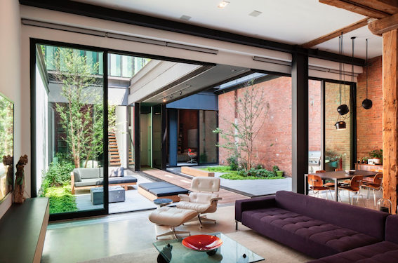 The architecture here allows for a degree of separation within the Courtyard for interest.