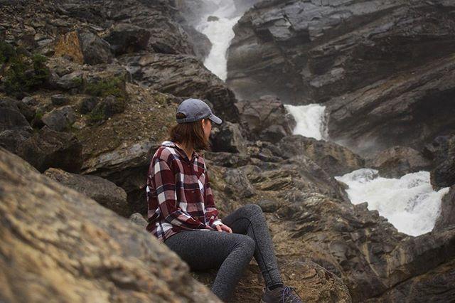 Base of Takakkaw Falls, Yoho National Park . . . #yohonationalpark #yoho #takakkawfalls #parkscanada #explorecanada #bestofcanada #hikingadventures #waterfall #canadianrockies #beautifulbc #borealnorth
