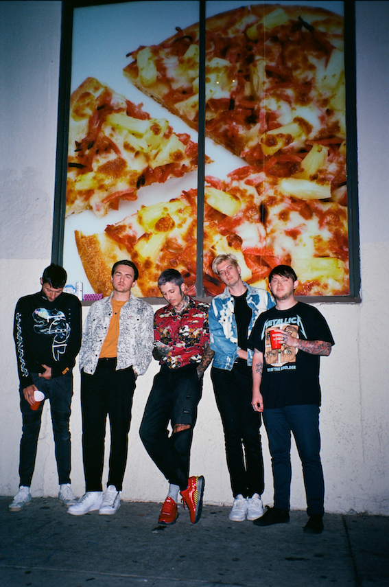 Bring Me The Horizon [Photo - PRETTY PUKE].jpg