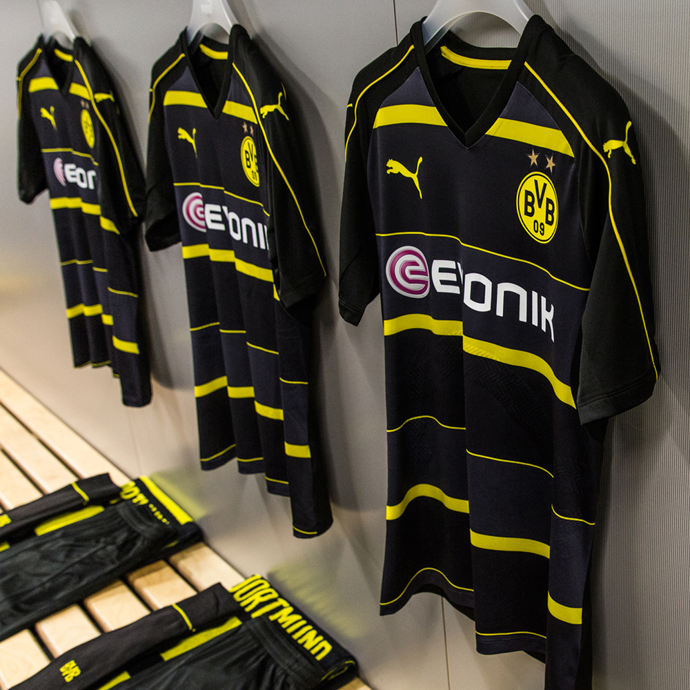 The BVB army will look good bouncing on the terraces in the new PUMA away jersey.