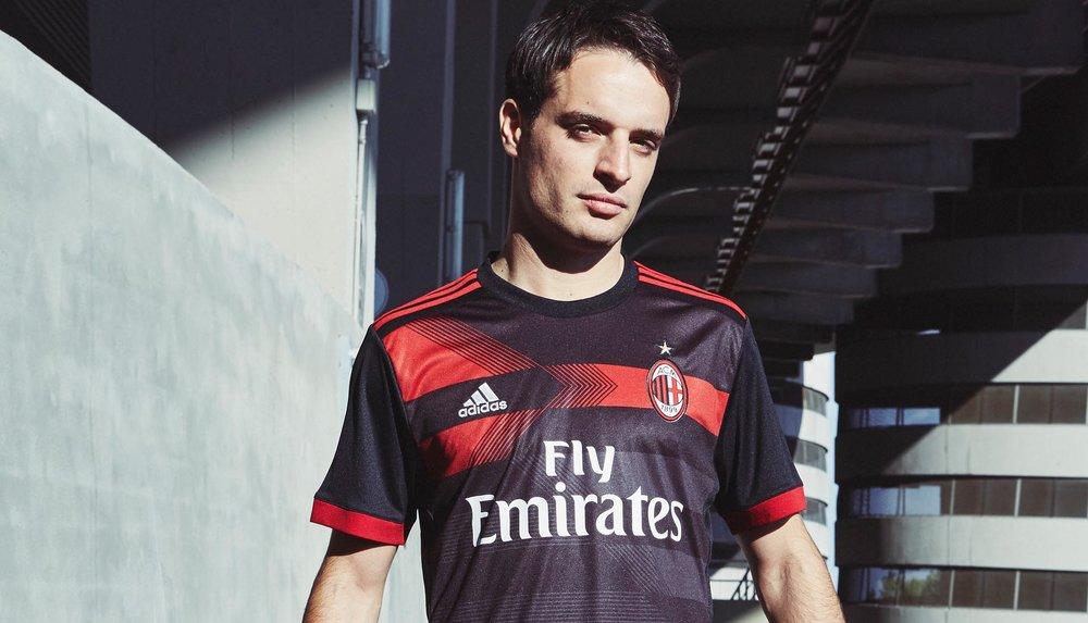 creator-studio-adidas-3rd-kits-soccerbible_0004_ac-milan_third_bonaventurajpg.jpg