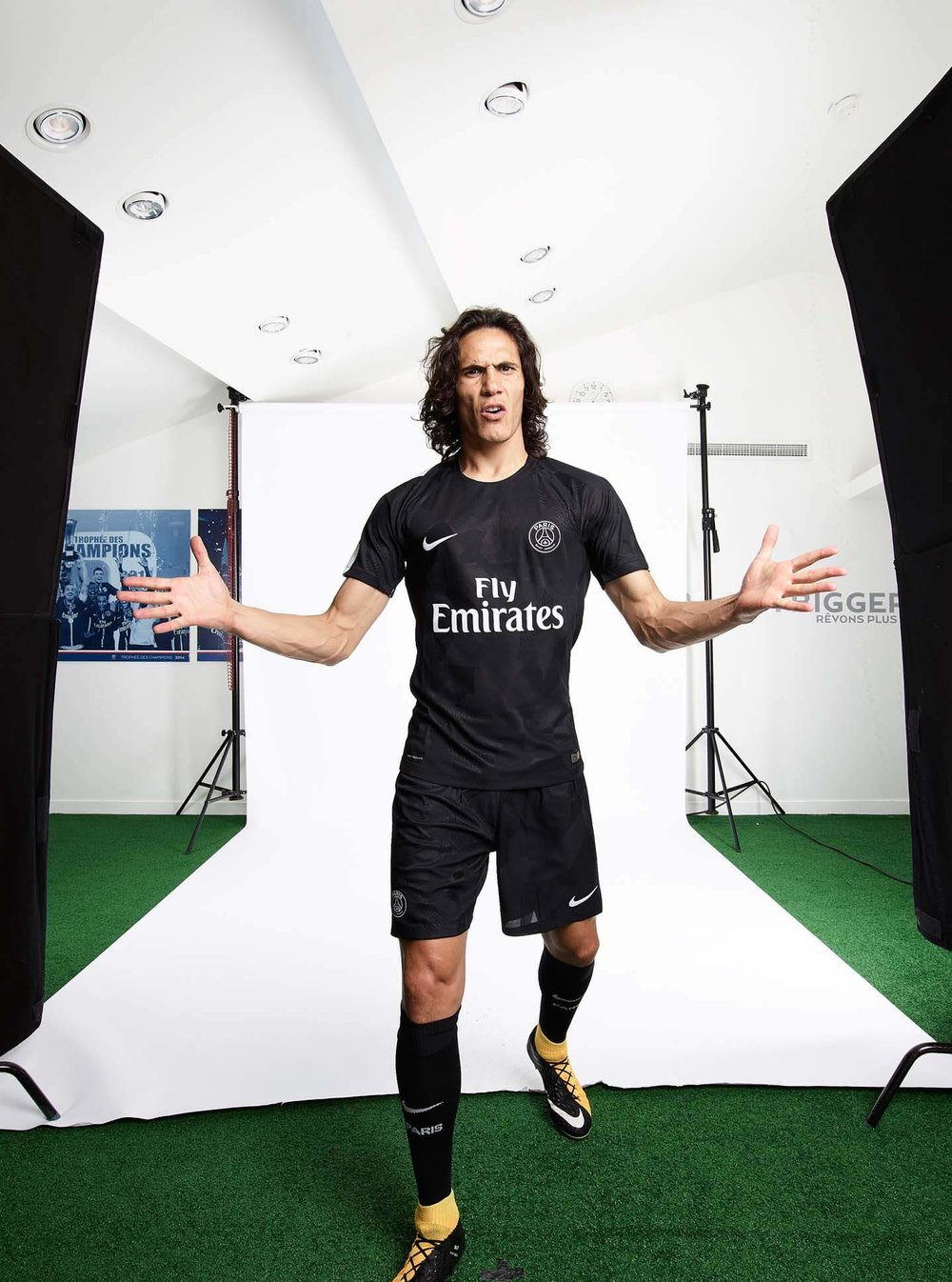 Turf Empire PSG Third Kit Soccer Kits Soccer Products 6.jpg
