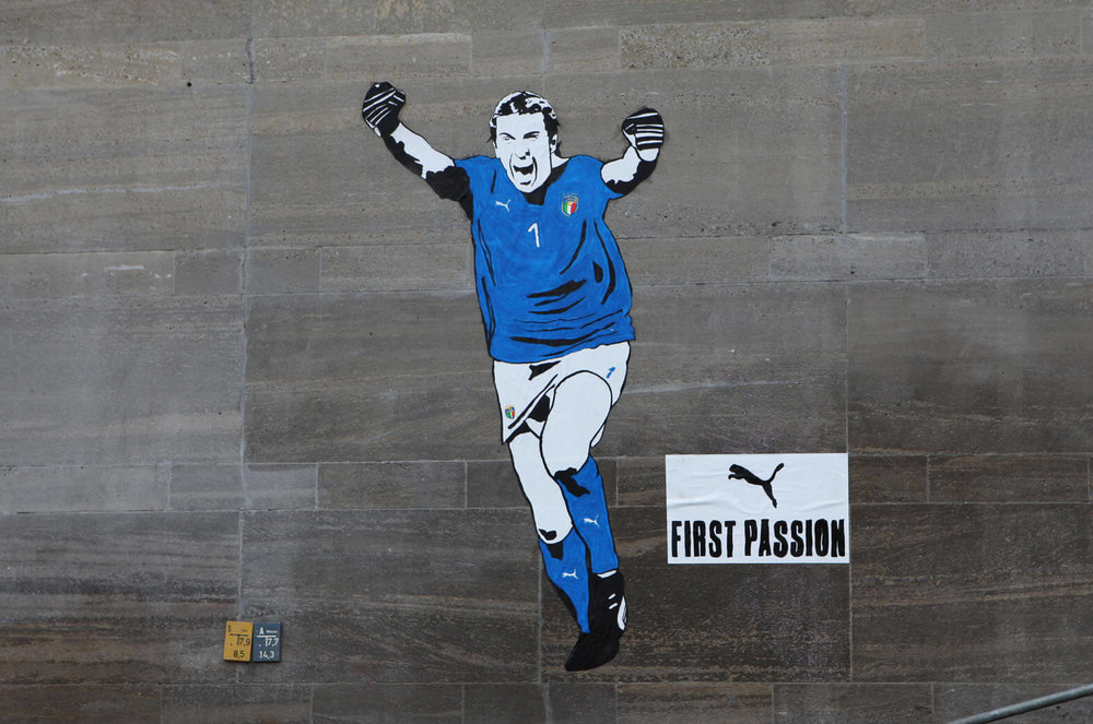 Buffon Mural Berlin low.jpg
