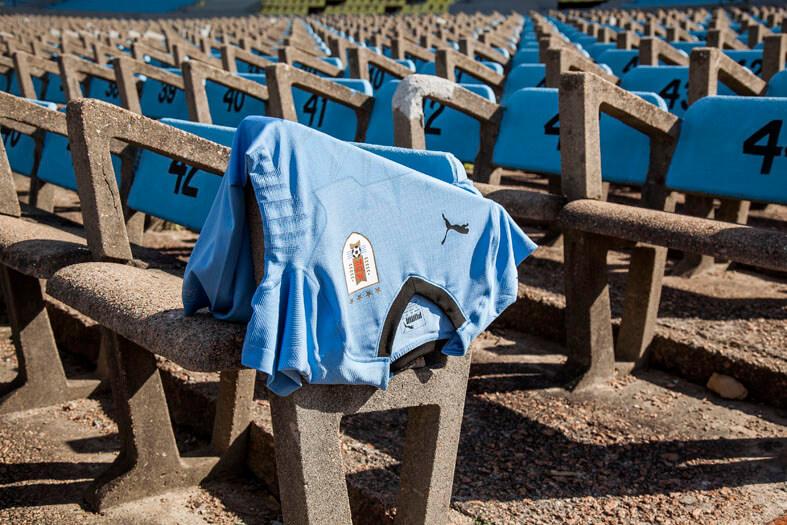 PUMA_Uruguay_Low_02.jpg