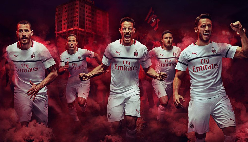 2-ac-milan-away-18-19.jpg