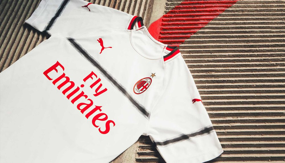 4-ac-milan-away-18-19.jpg
