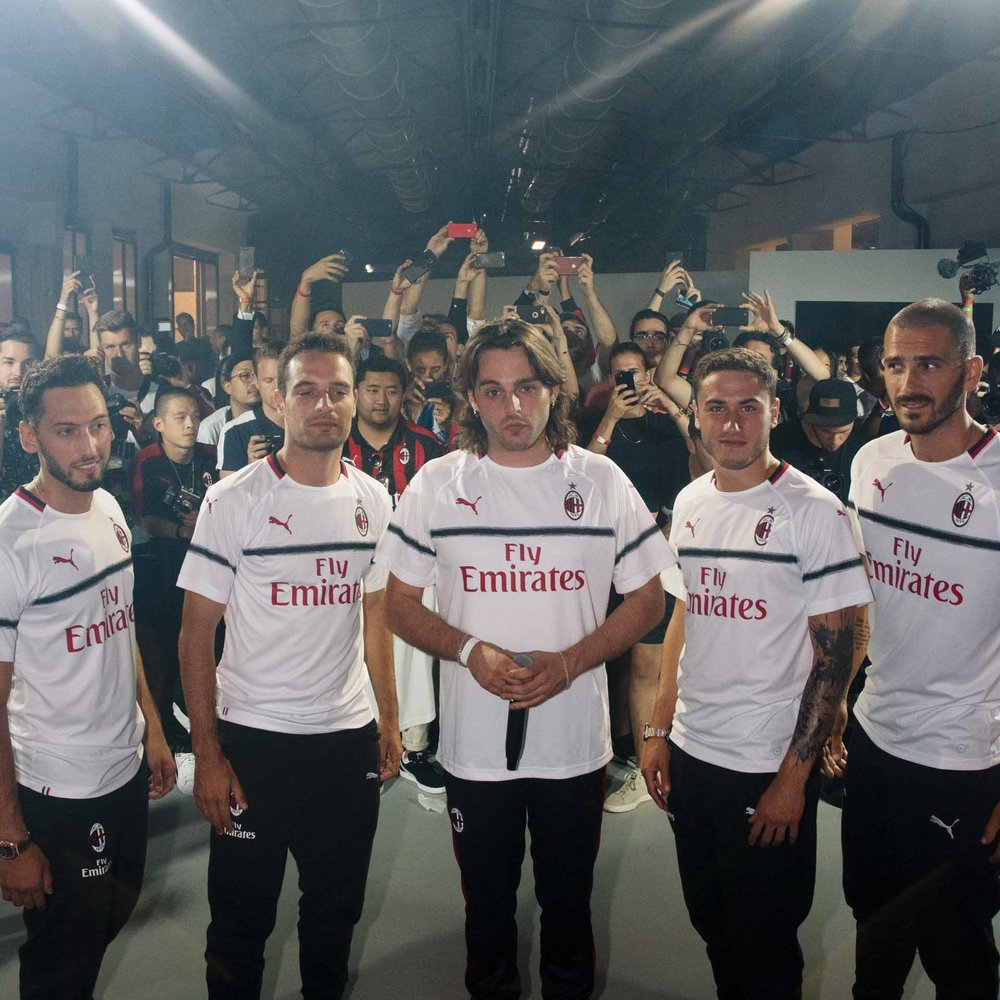 55-ac-milan-away-18-19.jpg