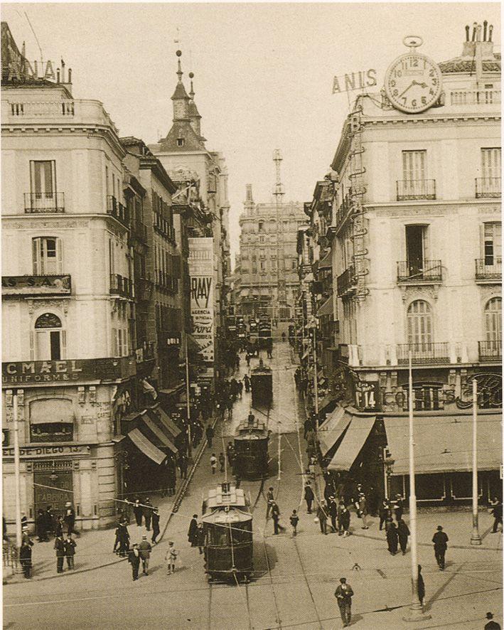 La calle montera a comienzos del siglo XX