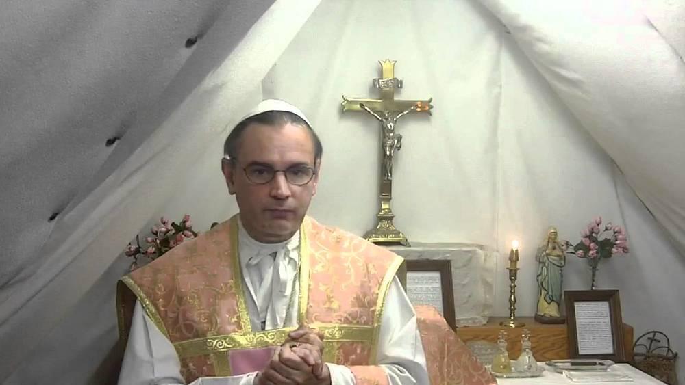 El «nuevo Papa» oficiando misa