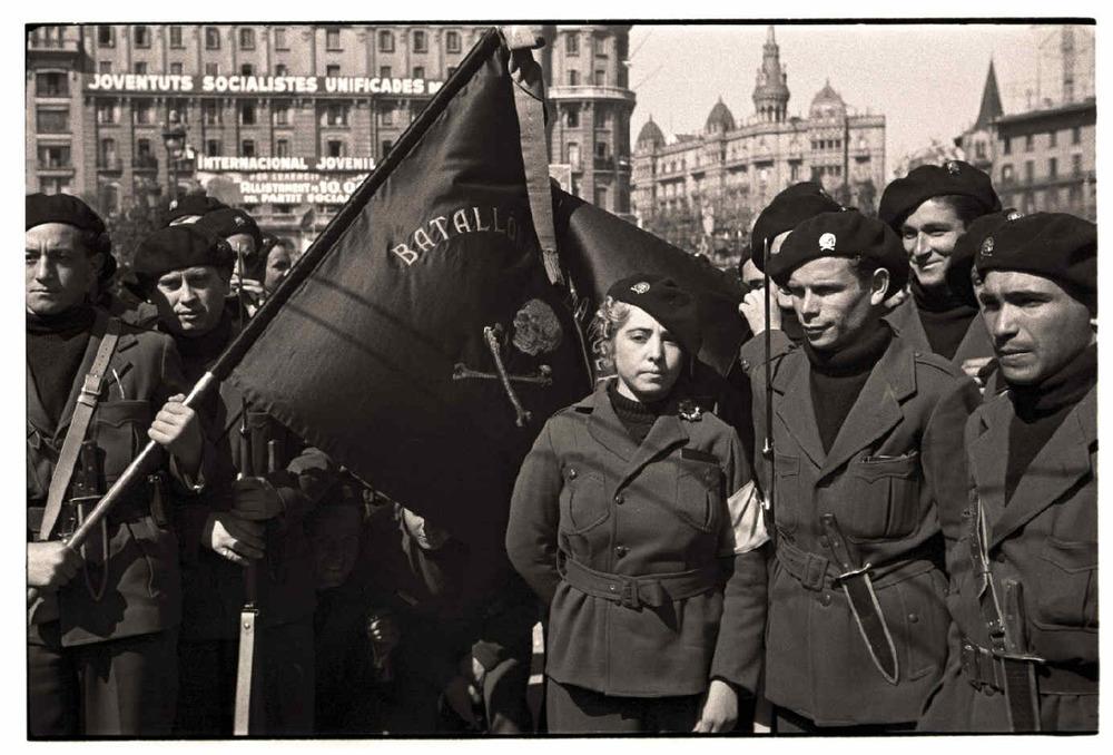 Desfile del Batallón de la Muerte por las calles de Barcelona (marzo de 1937)