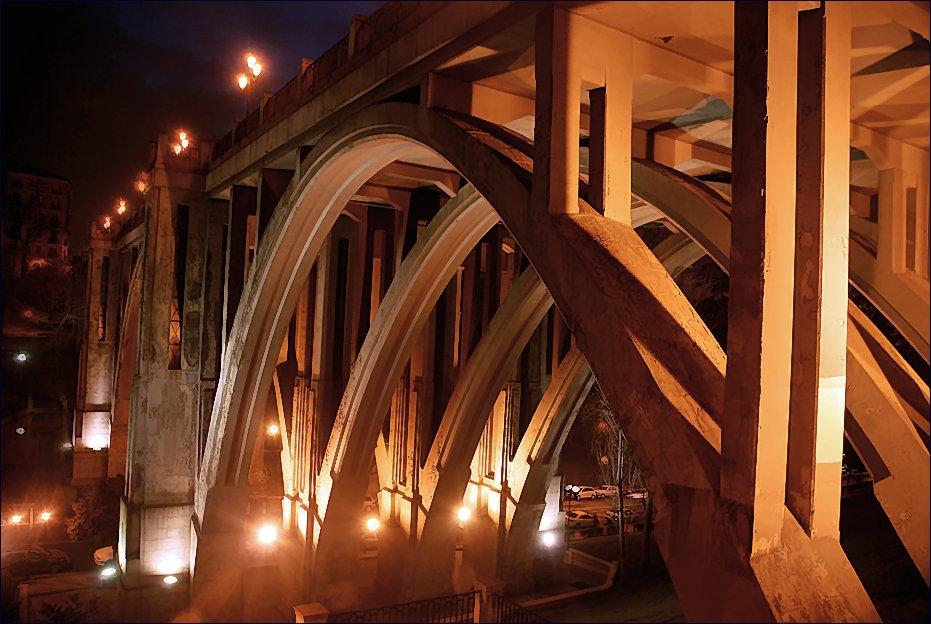 Actual vista nocturna del famoso Viaducto.