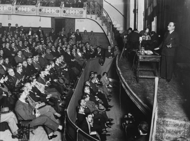 Conferencia de Ortega y Gasset en el Teatro de la Ópera (Madrid, 1931)