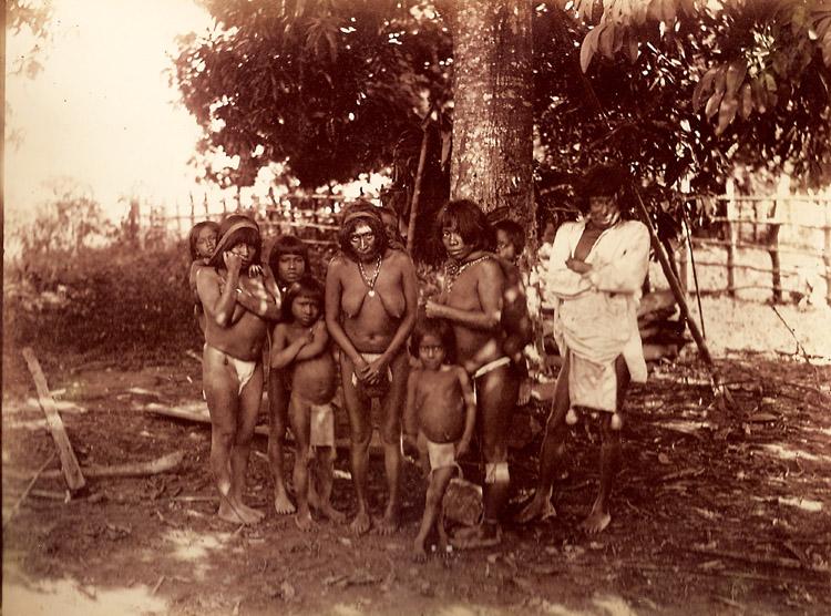 Normal   0           21       false   false   false     ES   X-NONE   X-NONE                                                                                                                                                                                                                                                                                                                                                                            Fotografías tomada por Chaffanjon de indígenas «Guahibos», como eran llamados de forma despectiva los pueblos Hotti, Kurripako, Pemon y Piaroa del Orinoco