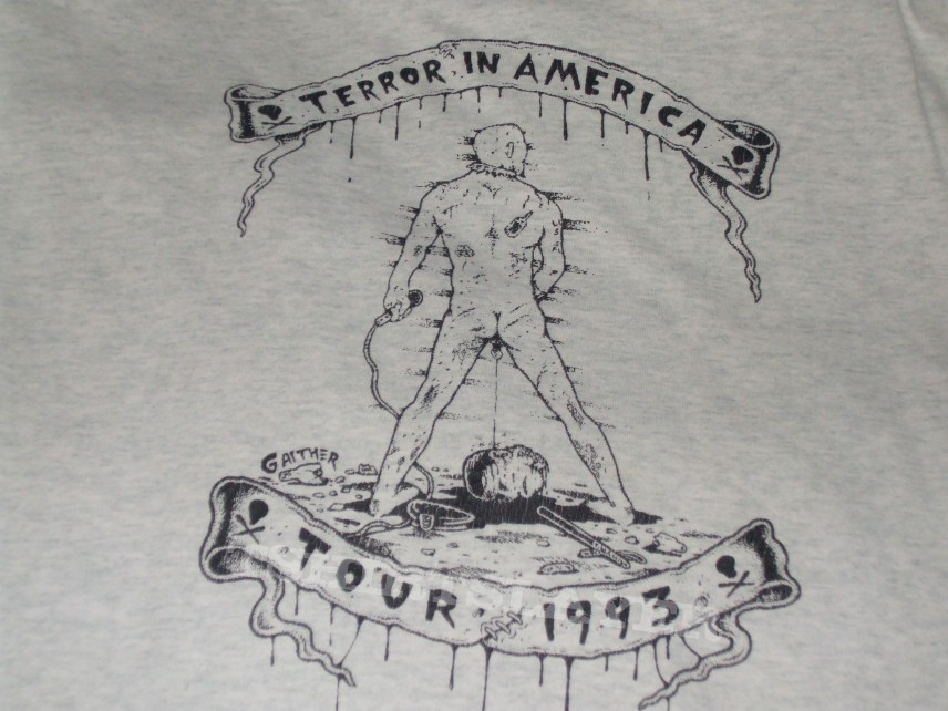 Imagen de la camiseta que le entregó a Cash