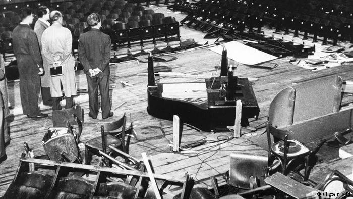 El teatro en que actuó Haley tras los destrozos