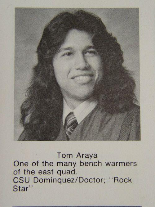 Tom Araya, como un adolescente, unos años antes de aparecer en el video.